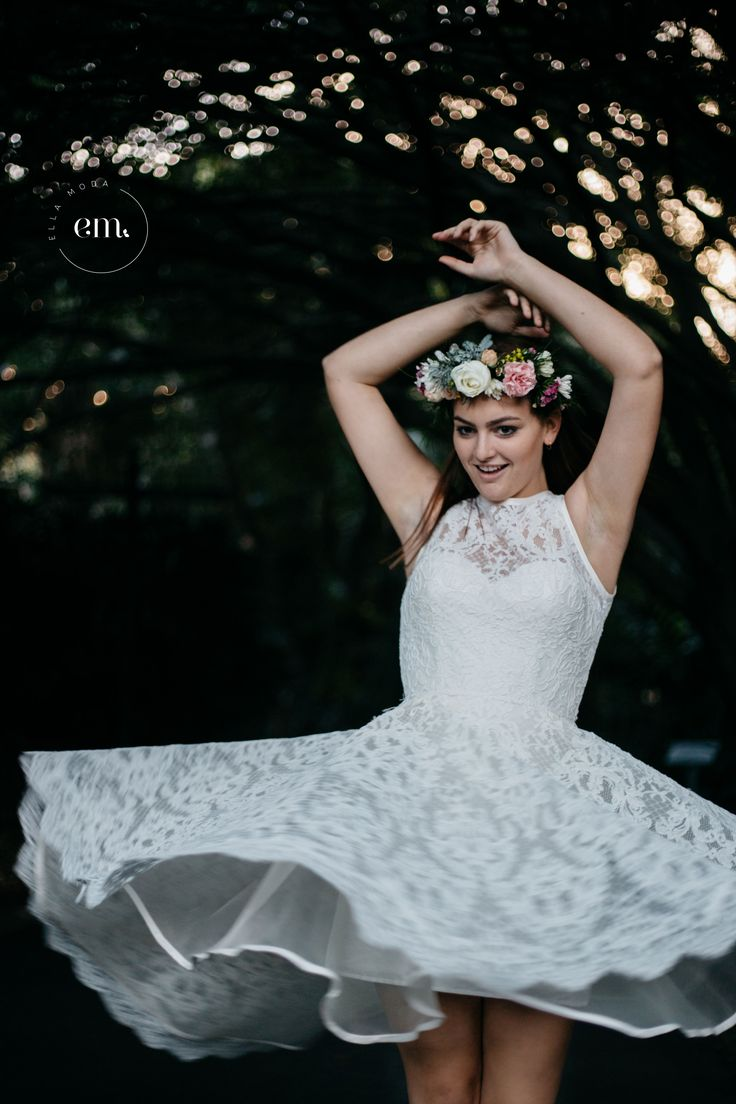 "|| Ella Moda Bridal || ""Georgia""  bespoke wedding gown Model: Darby Lawrence Photography: Jackie Dixon  #bridal #bespoke #brisbane #photoshoot #beading #wedding #bride #model #flowers #lace"