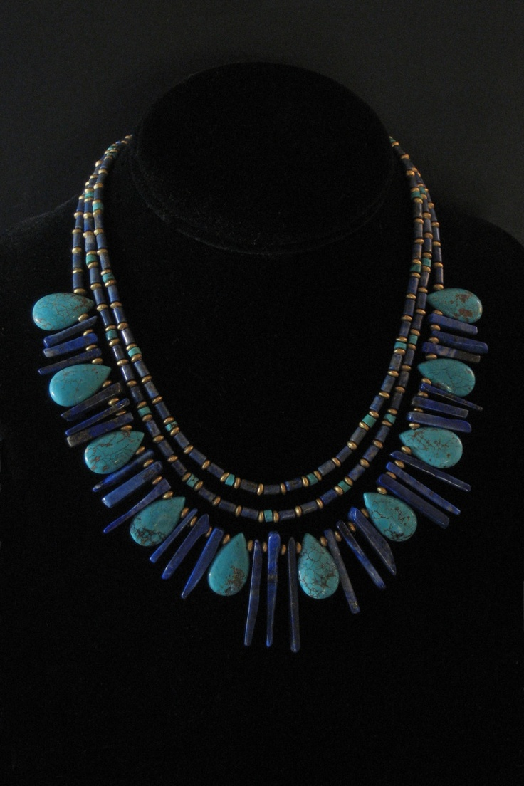 Lapis and turquoise collar necklace. Like the colors.