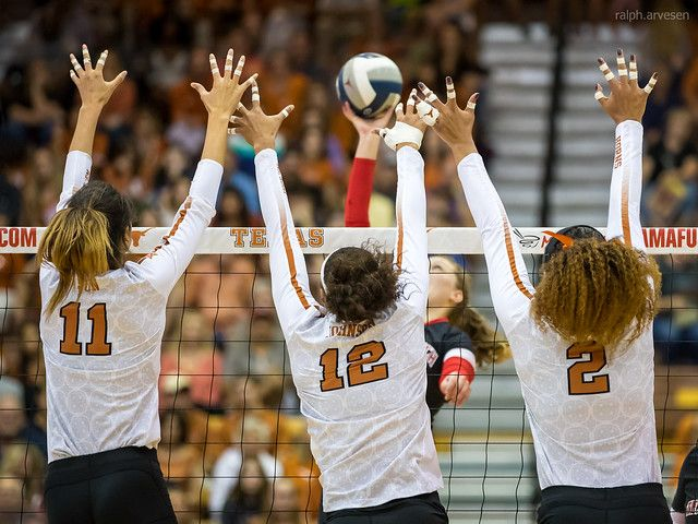 What Is Volleyball Blocking 4 Basic Volleyball Rules About The Block What Is Volleyball Volleyball Rules Volleyball