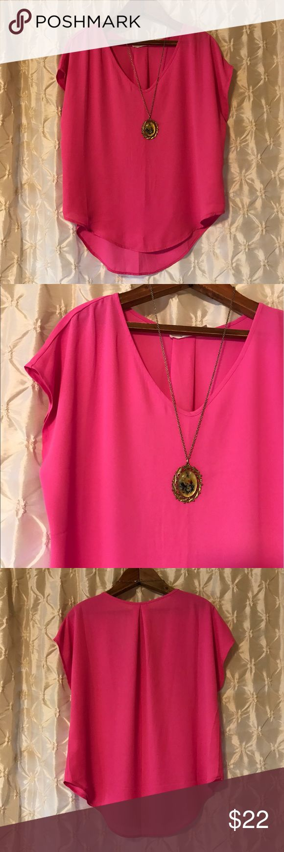 "Nordstrom ""Lush"" hot pink blouse You're looking at a new without tags Nordstrom blouse in size small. Lush brand. Hot pink. Best shown in 2nd pic. High low style, with v neck and capped. sleeves. Shoulder to front hem approx 22"". Light weight and flowy. Perfect! 💙offers 💙20% off discount on bundles 🚫PayPal/trades Lush Tops Blouses"