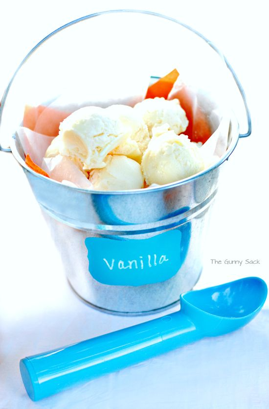 How to make buckets of pre-scooped ice cream - awesome idea for a party!