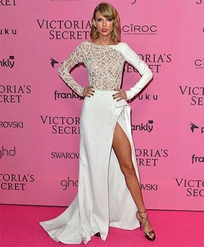 Taylor swift Stil in Weiß und Blau | Mode
