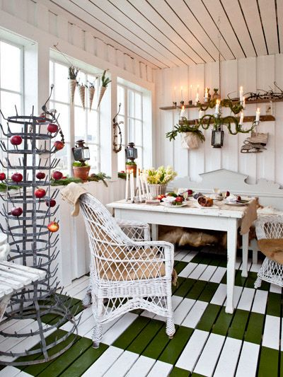 Vintage House: VÅR GLASVERANDA I UNDERBARA JULHEM