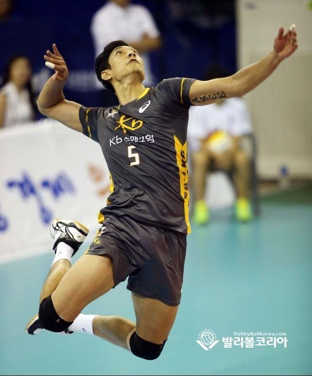 South Korean Professional Volleyball Players Kim Yohan Moon Sungmin Han Sunsoo Cool Kiz On The Blo Pose Reference Human Poses Reference Pose Reference Photo