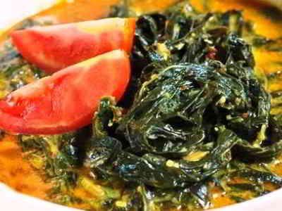 Rendang Daun Singkong - Berikut ini ada cara membuat video bumbu masakan resep rendang daun singkong kacang merah ncc khas padang minangkabau asli minang hitam yang paling enak.