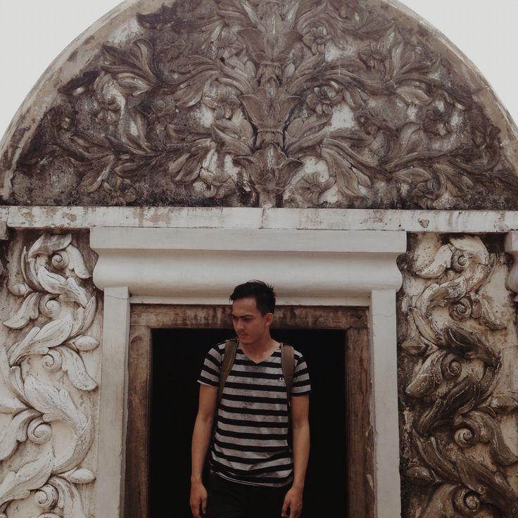 TAMAN SARI  A Water Castle which is Full of Beauty and Secret Jl. Taman, Kraton, Yogyakarta 55133, Indonesia