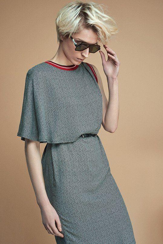 НОВЫЕ ПОСТУПЛЕНИЯ: джинсовые кюлоты и широкие удлиненные шорты, топы с асимметричным кроем и оригинальные платья из вискозы. Необычная, но в тоже время доступная повседневная одежда из новой коллекции бренда it's me дизайнера Дины Линник уже на suitster.com  купить http://suitster.com/brends/f_6-32  #suitster #online #store #fashion #style #its_me_clothes #newarrivals