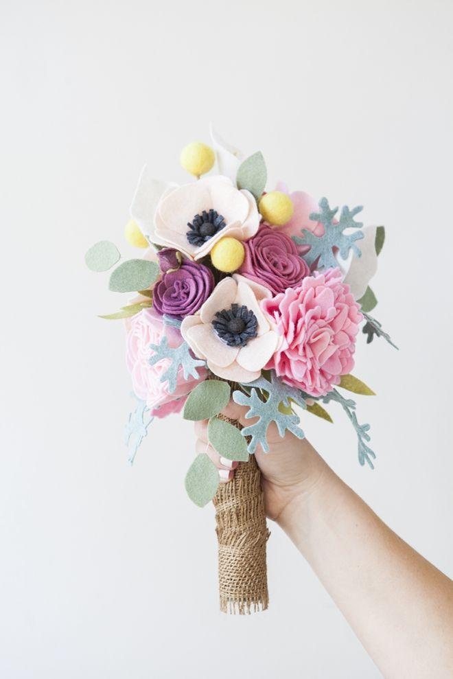DIY: felt flower wedding bouquet