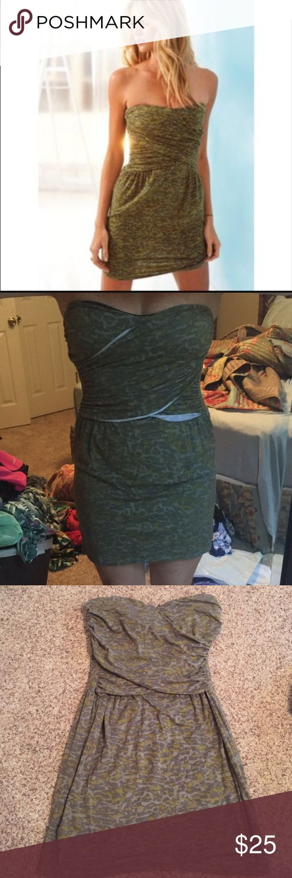 Victoria's Secret Bra Top Dress Strapless Dress, SO Flattering. Size medium with built in shelf bra. Cute camo pattern. Seam sometimes rolls up (modeled pic) but can be easily ironed into place. Make an offer! Victoria's Secret Dresses Strapless