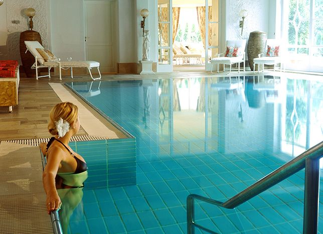 Hotel Schwarzmatt. Hotel and restaurant in a village. Germany, Badenweiler-Therme. #relaischateaux #spa #pool #swimmingpool