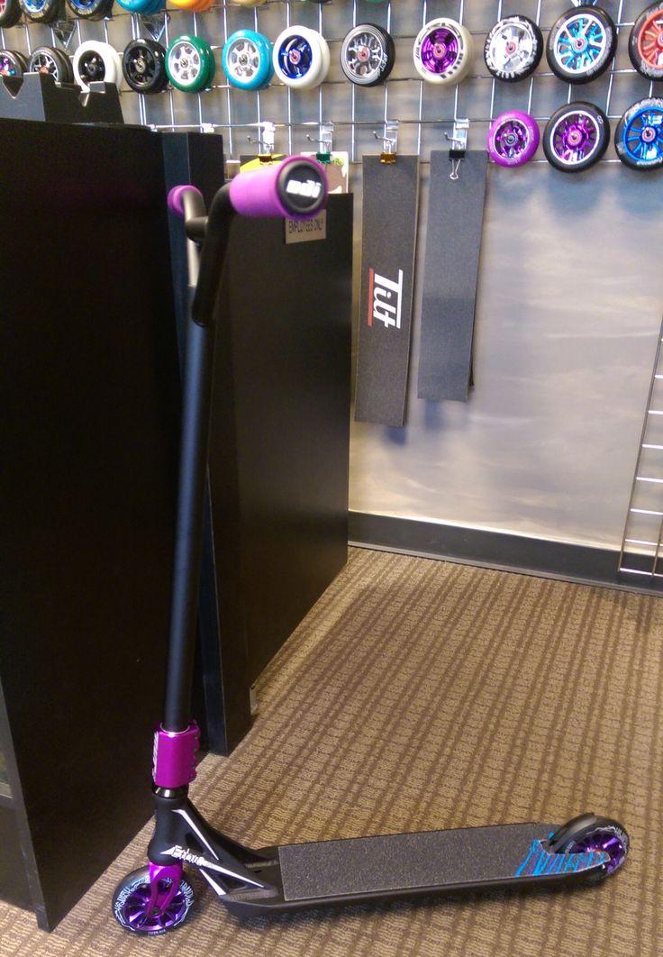 Custom Pro Scooter - Tieton
