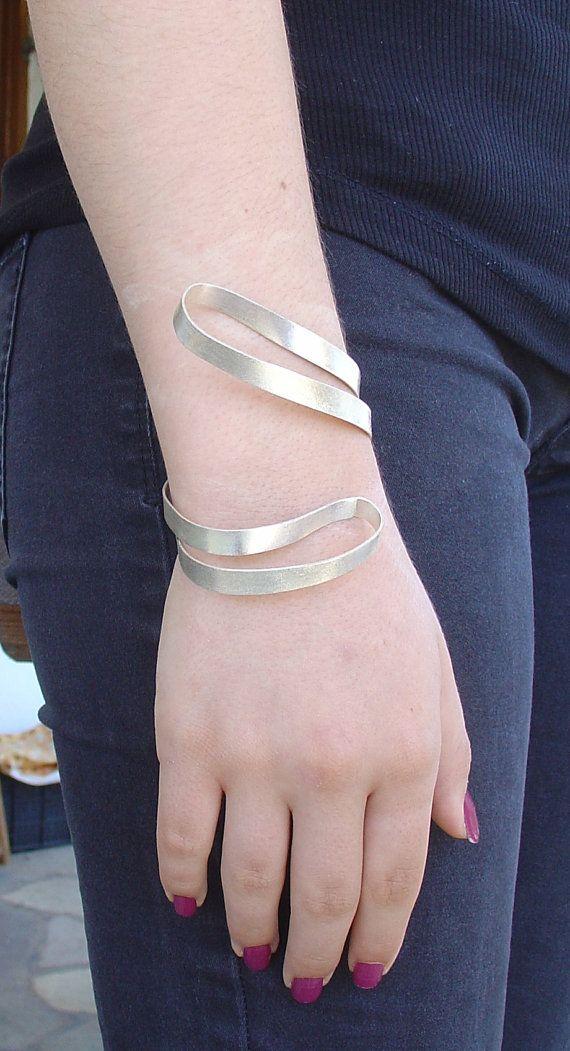 BRACELET  handmade silver SNAKE DOUBLE  mat bracelet by Vroullis, €105.00