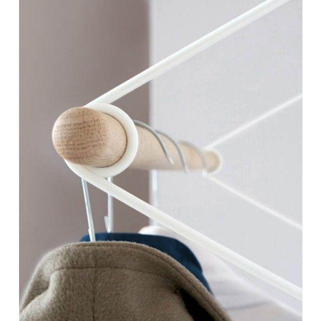 Fancy SPRING ist eine zeitlose Garderobe sehr stabil und leicht in Ihrer Wirkung Die Stange