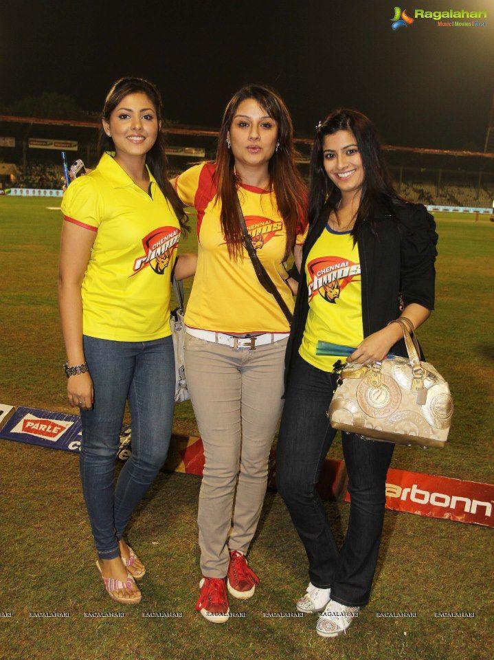 Madhu Shalini, Sonia Agarwal and Varalaxmi
