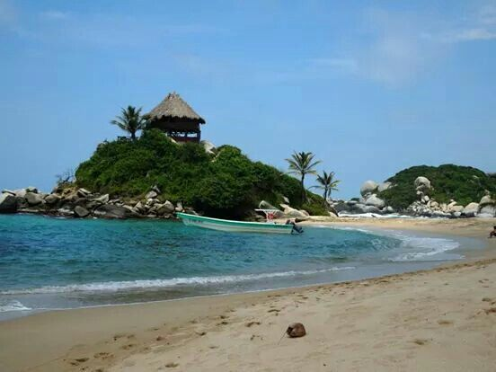 Jungle, beach and the Carribean Sea all within 30 meters! - Parque Tayrona Colombia '13