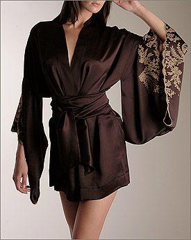 carine gilson. les antoinettes short kimono.
