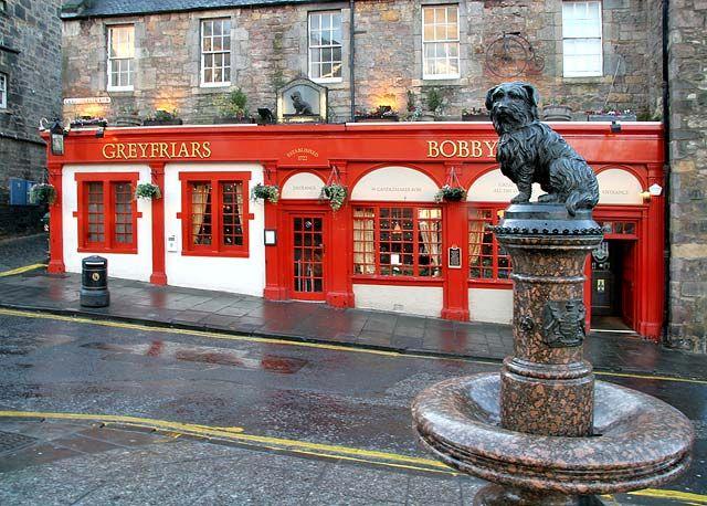 Greyfriar's Bobby - Statue at The Bridges and Pub at Candlemaker Row, Edinburgh