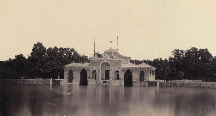 Embarcadero del estanque del Retiro, 1858. Ch.Clifford. Biblioteca Nacional de España.