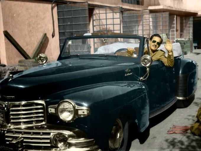 Pedro Infante y su coche Lincoln | Atraccion360