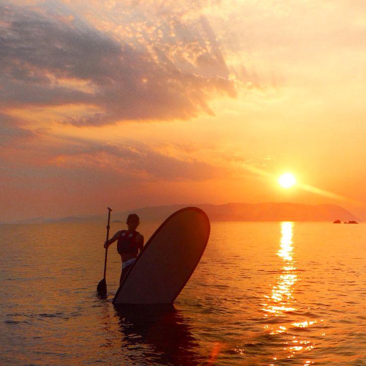 #sporadessup #sunset #skopelos #sup #standuppaddle #greece #skiathos #sun #water #natural #calm #balance #paddle