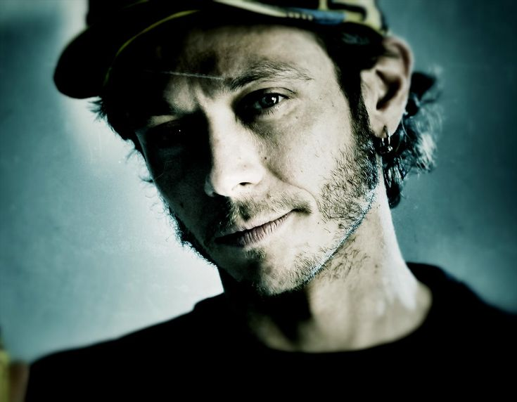 Home - Valentino Rossi - Official website