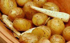 Kartofler bagt i römertopf