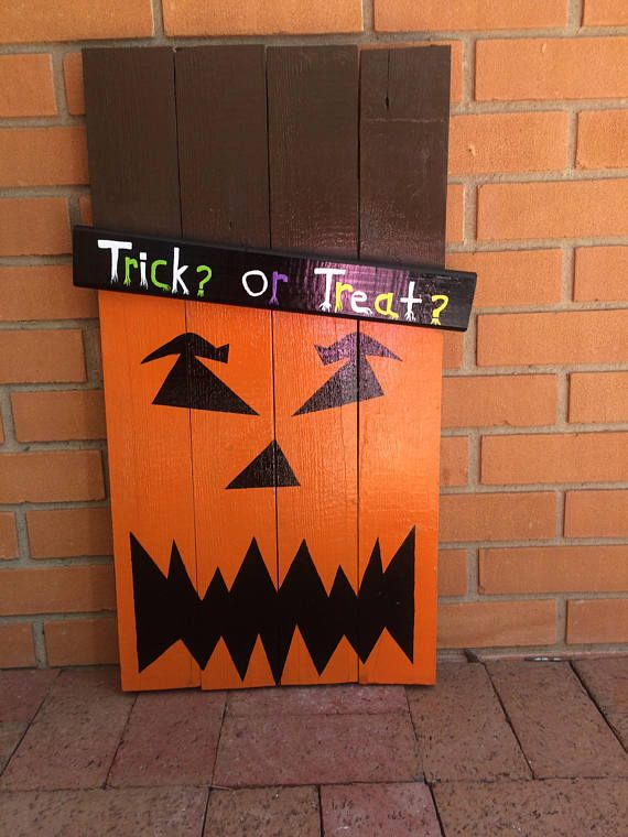 This is a Decorative Halloween Pallet Sign made with repurposed wood, hand sawed and hand painted by me. Each of my signs are NOT Perfect because they are hand sawed and sanded. Each sign is also hand painted and free hand drawn with acrylic paint, and sprayed with a protective coat of polyurethane. I take my time with each of these, and I enjoy creating them. Each sign is heavy duty. Each of my signs are also customizable. I have a selection of different Faces you could chose from and I can…