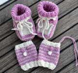 Babyschuhe und Babystulpen