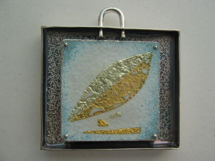 colgante plata, oro, esmalte 840º C  Alfredo Escalada