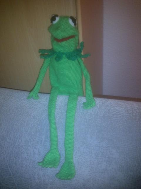 gehäkelte Handpuppe Kermit der Frosch (kostenfreie Häkelanleitung) – Sesamstraße – Handfigur häkeln