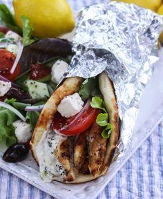 Dieetrecept: Griekse Kip in Pitabroodje