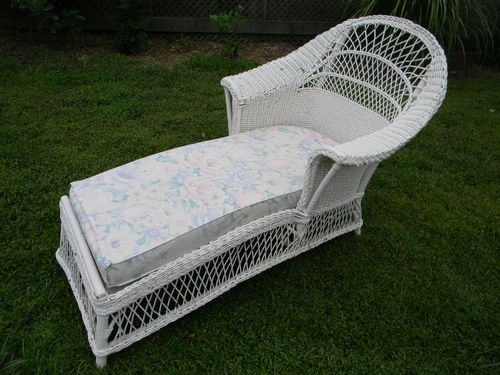 Vintage Antique 1920 S Era White Wicker Chaise Lounge Sofa