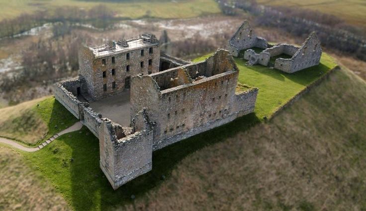 'Ruthven Barracks, A little History' -    Aaron Sneddon |  Aerial Image of Ruthven Barracks from a kite by Aaron Sneddon