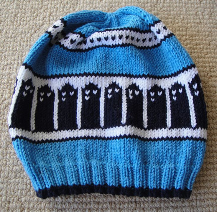 Knitting Pattern for T.A.R.D.I.S. Slouch Beanie - This Doctor Who inspired hat is comes with 3 sizes: child size (13 in. circumference), a regular adult size (22 in. circumference), and a super slouchy (or XL) size (22 in. circumference, 10 in. crown)
