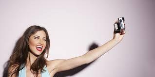 """Selfie """"9 Kegiatan Tak Terduga Siswa Saat Belajar"""""""
