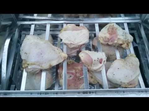 Куриные бедра горячего копчения - YouTube