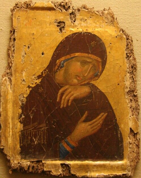 Видећи Те на дрвету да висиш, Тебе Саздатеља свих и Бога, Христе,она која те је безсемено родила, вапијаше горко: Сине мој, где зађе лепота лица твога? Не могу поднети да те гледам неправедно распетога. Похитај, дакле, васкрсни! Да и ја видим Твоје из мртвих тридневно васкрсење!