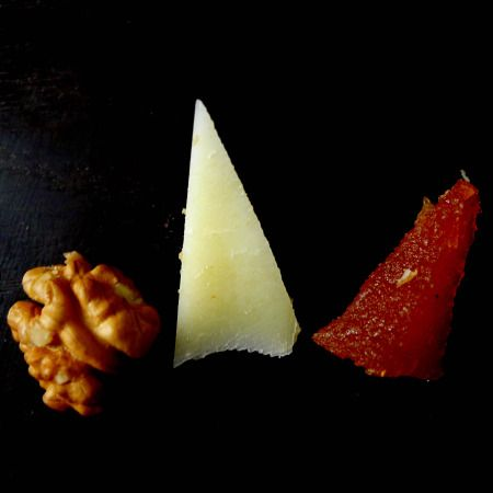 """the """"IT"""" dessert of basque country"""