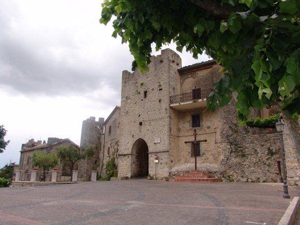 Vico nel Lazio (FR) - Porta a Monte