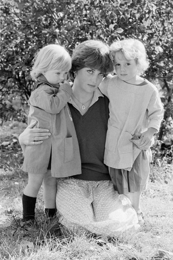 1980 In 1980, the heir apparent started taking a serious interest in the 19-year-old as a potential bride. Diana was living in London at this point, intermittently working as a dance instructor, nanny, and nursery assistant. Here she is at her job with Young England Kindergarten school in Pimlico.