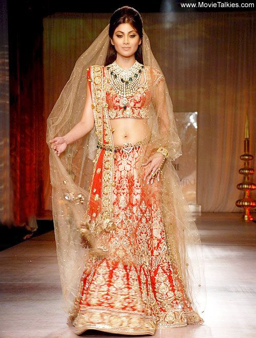 Shilpa shetty wedding suits have hit