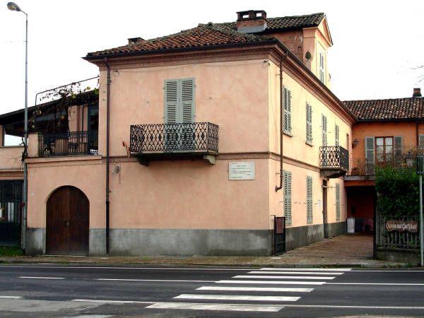 I LUOGHI DELLA LETTERATURA | Cesare Pavese, Santo Stefano Belbo e le Langhe Ricordiamo Pavese nel tragico giorno della sua morte