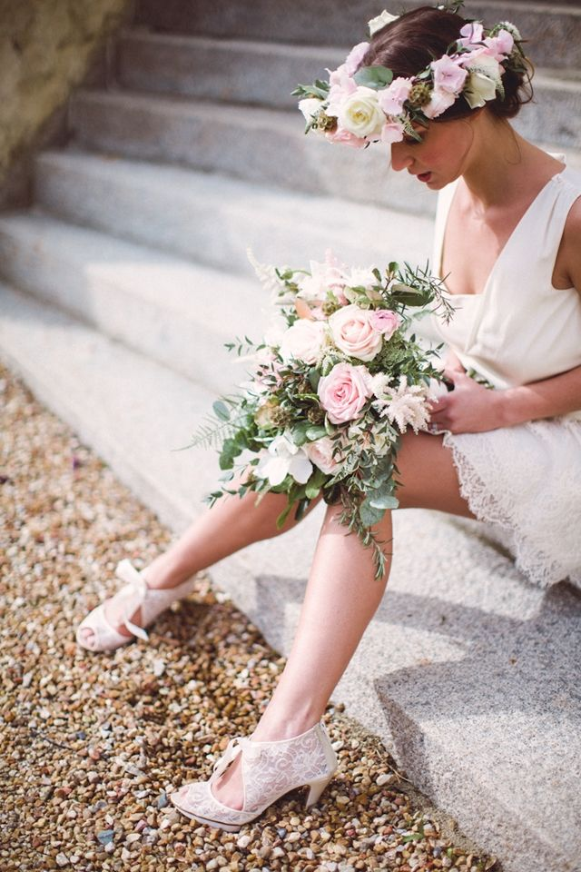 French elopement bride with flower crown | Cat Hepple Photography and @FRweddingstyle | see more on: http://burnettsboards.com/2014/06/romantic-french-boho-elopement/ #elopement #flowercrown