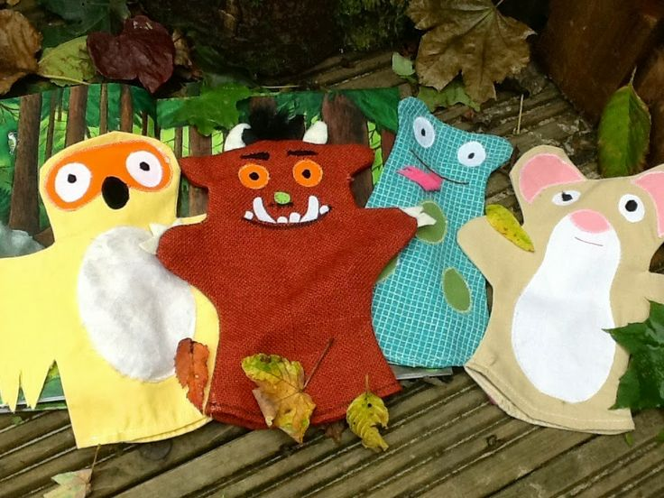 Make your own puppets to support retelling The Gruffalo