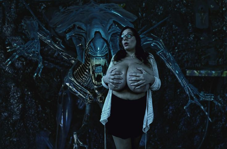 Nadine Jansen - Prey of the Xenomorph Queen 1