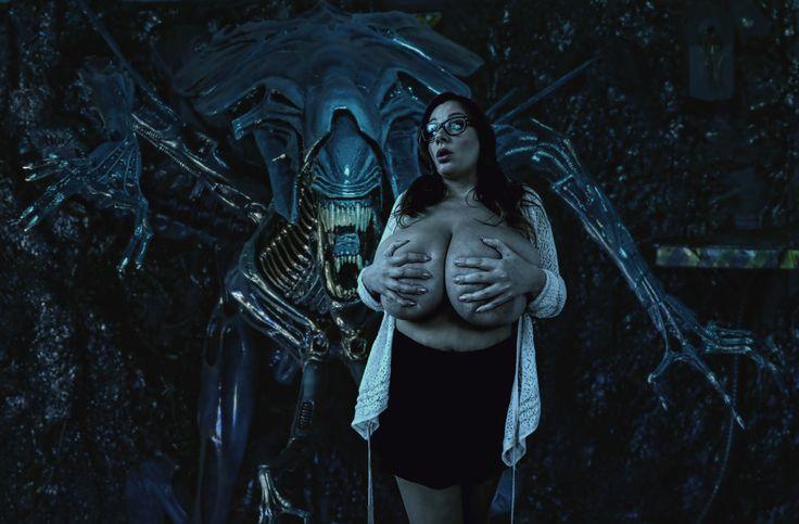 Nadine Jansen - Prey of the Xenomorph Queen 1