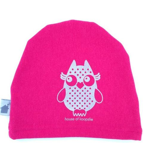 owl on hot pink: owl on heather blue Our fleece-lined bamboo jersey, graphic print hat is a family favorite amongst the House of Koopslie community.  It is the perfect accessory for everyday wear, underneath a sports helmet or for family photos.  Our graphic hats are made out of our favourite fleece-lined bamboo blend – 66% bamboo, 28% cotton, 6% spandex and 100% awesome.