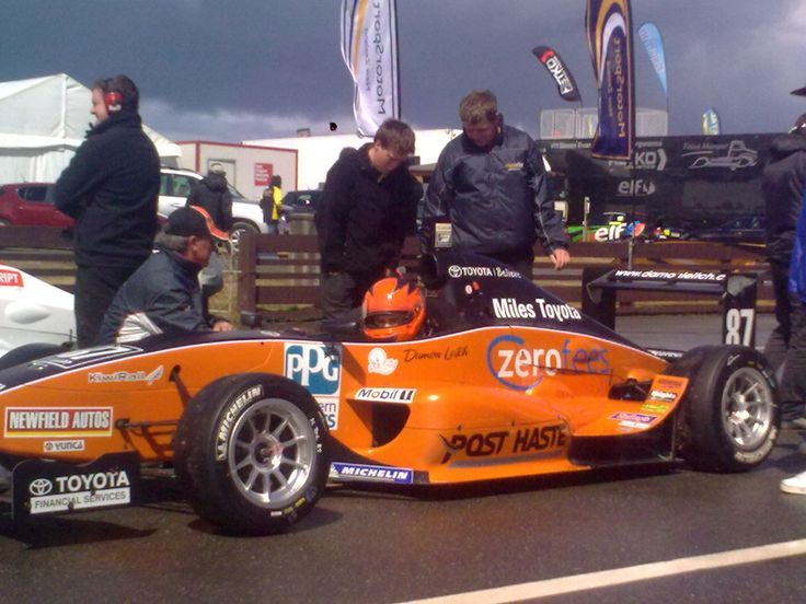 Damon Leitch, sponsored by the Southern Institute of Technology at Teretonga Park Raceway