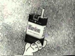 """Çocuk sahibi olmayı düşünenler için hazır cümle: """"Çakmaktaşlar'ın sigara reklamı yaptığı bir dünyaya çocuk getirmek istemiyorum""""...."""