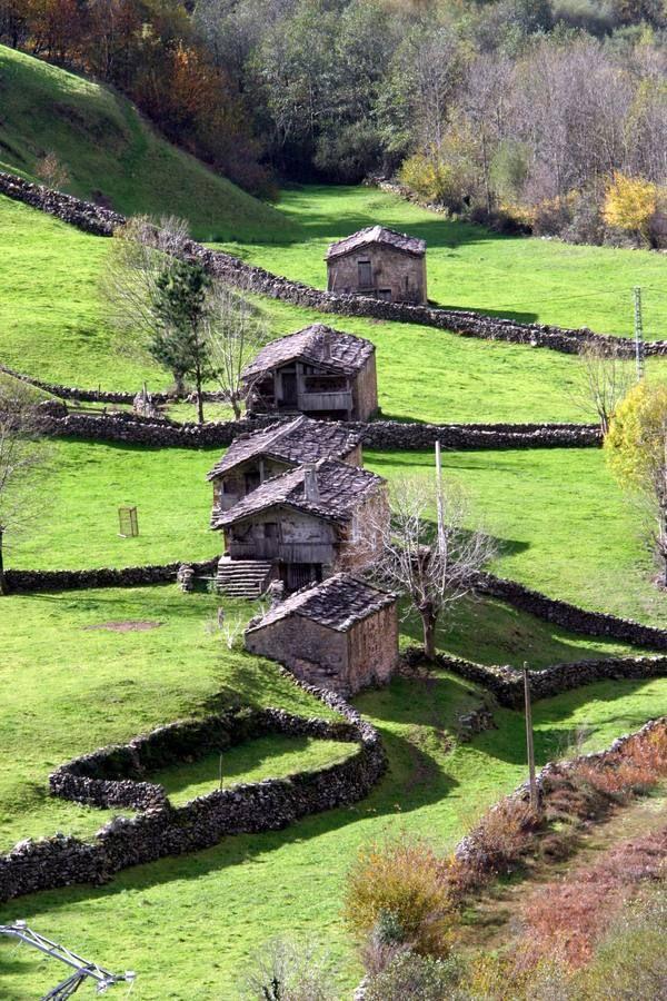 De ruta por los Valles Pasiegos - Cantabria - España - Spain